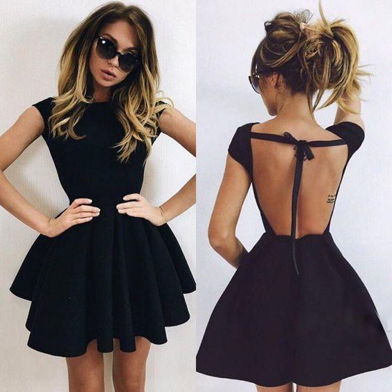 outfit negro vestido espalda