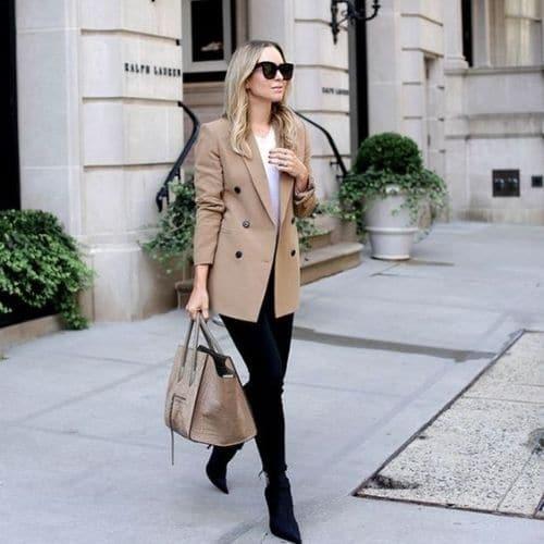 Saco de vestir largo color beige