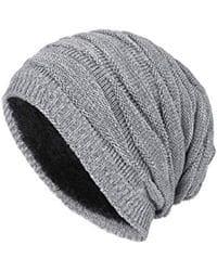 Gorro tejido de punto de lana gris