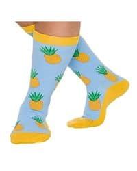 Calcetines amarillos con estampado de piña